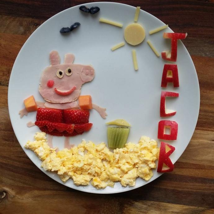Мама создает для сына мультики в тарелке: яркие фото (2)