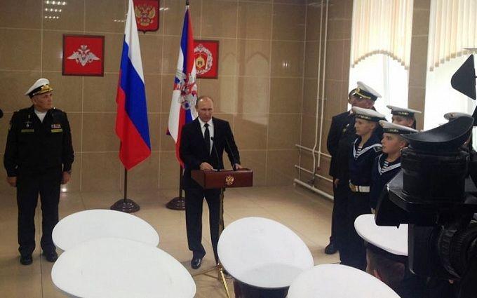 Пафосное обращение Путина к курсантам-нахимовцам насмешило соцсети: опубликовано видео