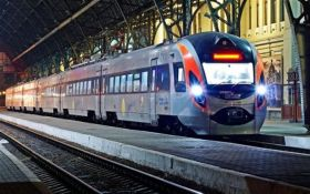 В Укрзализныце анонсировали дату повышения цен на билеты