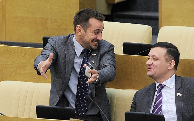 Российский депутат назвал главную книгу нобелевского лауреата проплаченной