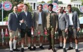 Игроки Баварии отпраздновали на Октоберфесте