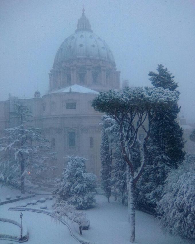 Италию накрыл снег и аномальные морозы: опубликованы зрелищные фото (1)