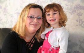 Маленька дівчинка врятувала матір від смерті - вражаюча історія