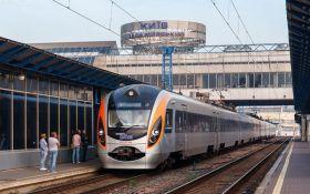 Українців з Польщі евакуюють поїздами - коли і скільки коштує квиток