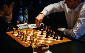 Карлсен в безопасности, взлет Вэя И, партия недели и другие шахматные новости