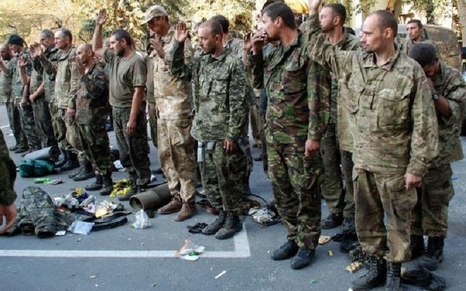 Бойовики відправили полонених українців до СІЗО та погрожують їм в'язницею