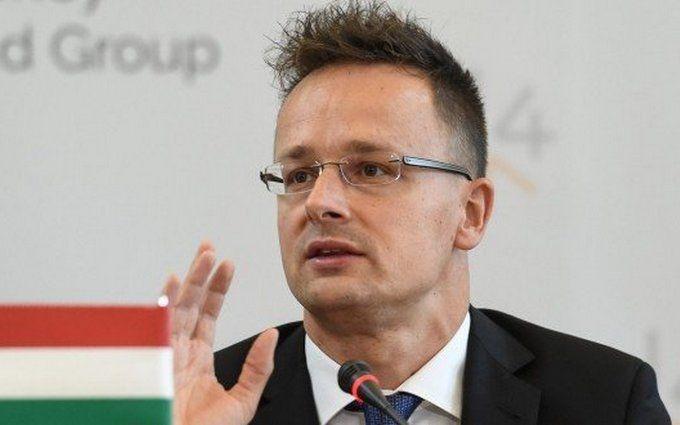 Прем'єр Угорщини висунув чергові скандальні звинувачення Порошенко