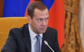 Трампа переиграли: Медведев высказался об антироссийских санкциях США