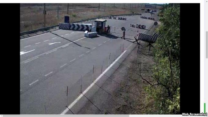 Проблеми в Криму: з'явилися чутки про гучне вбивство і нові фото черг (5)