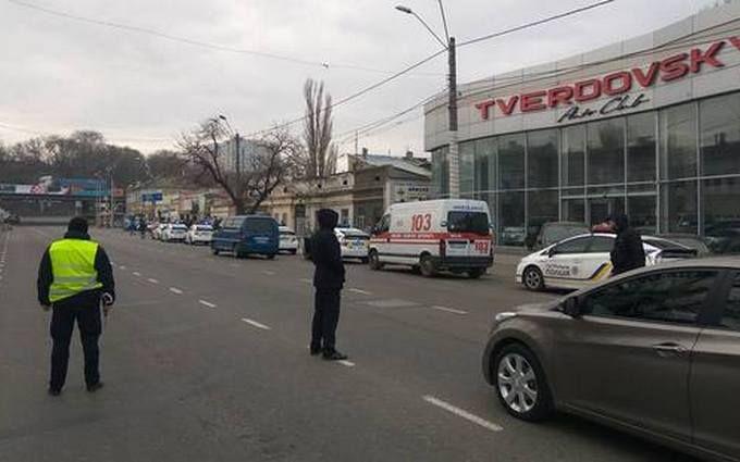 В Одессе банда преступников стреляла и брала заложников: появились видео с места