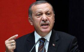 """Эрдоган рассказал, кто пытается """"поставить Турцию на колени"""""""