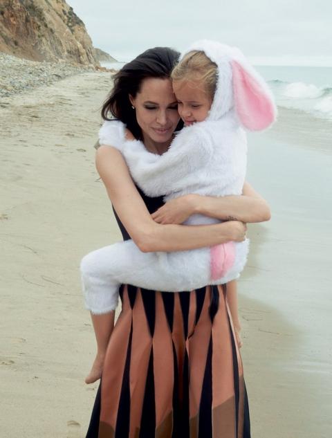 Фотосесія Анджеліни Джолі (6 фото) (2)