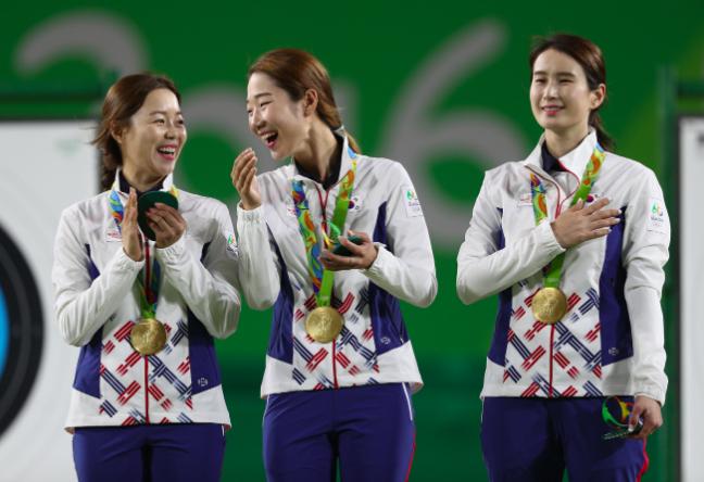 Усі чемпіони другого дня Олімпіади-2016: опубліковано фото (12)