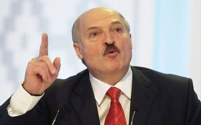 """Лукашенко обиделся, что белорусов в России называют """"нахлебниками"""""""