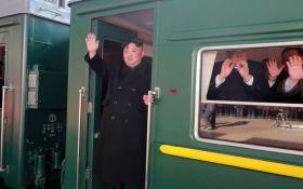 Кім Чен Ин на бронепоїзді поїхав на зустріч з Трампом: нові подробиці і фото