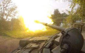 На Донбасі не припиняються запеклі бої: ворог зазнав втрат в техніці і живій силі
