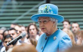 У Елизаветы II в офшорах нашли миллионы долларов