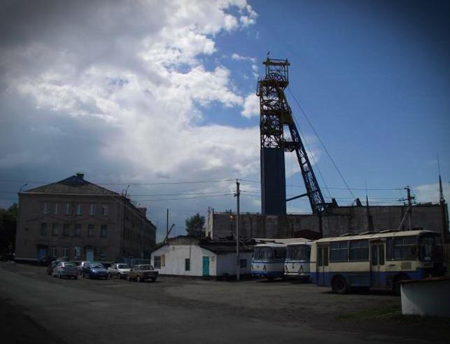 За Єфремова і Королевської шахти на Луганщині просто різали на метал - потерпілий про схеми (2)