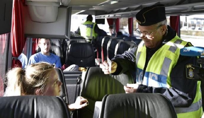 Проверка документов привела к падению количества мигрантов в Швецию