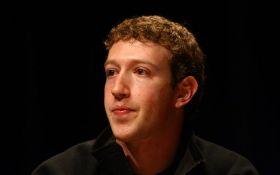 Цукерберг запретил руководству Facebook пользоваться iPhone - названа причина