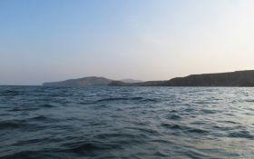 От Лазурного в Крым: украинец три дня провел в открытом море на надувном матрасе