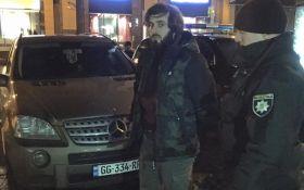 У самому центрі Києва затримано озброєних людей: з'явилися фото і відео