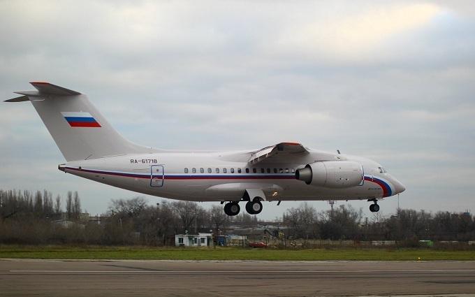 Під Києвом приземлився літак із Кремля