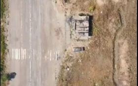 Опубліковано відео потужних авіаударів по позиціях бойовиків на Донбасі