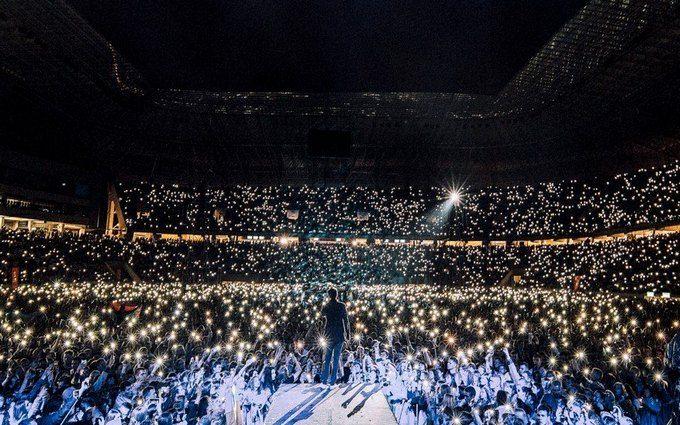 """""""Слова лишние"""": на концерте """"Океана Эльзы"""" во Львове почтили память Скрябина"""
