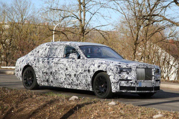 Rolls-Royce приступил к дорожным испытаниям нового Phantom (4 фото)