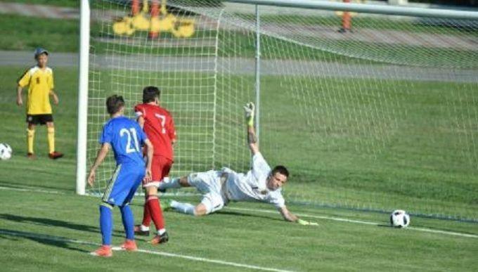 Украина U-17 проиграла Грузии на турнире Банникова