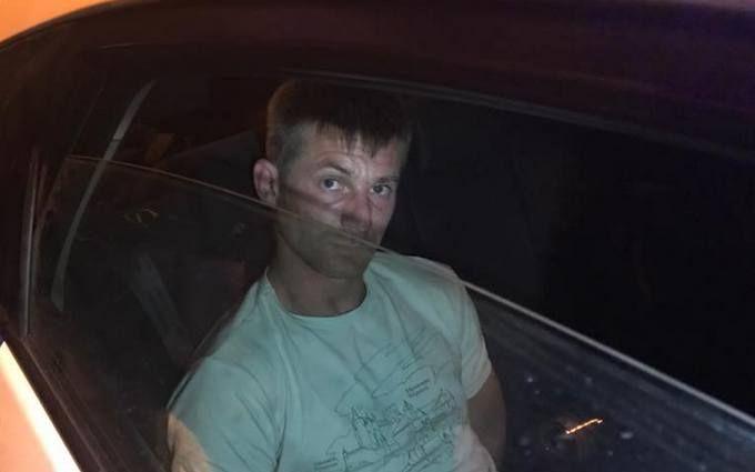 У Києві неадекватний водій влаштував небезпечну ДТП: з'явилися фото і відео