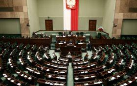"""У Польщі прийняли рішення щодо закону про заборону """"бандерівської ідеології"""""""