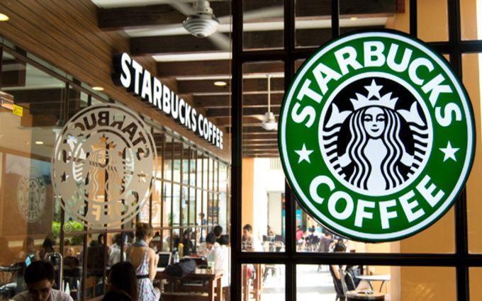 Расовый скандал: в сети появилось видео задержания двух посетителей кафе