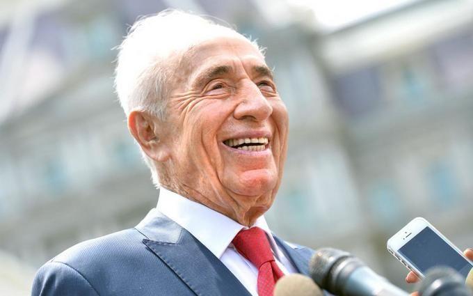 Щаслива країна: мережу підкорило добре відео про екс-президента Ізраїлю