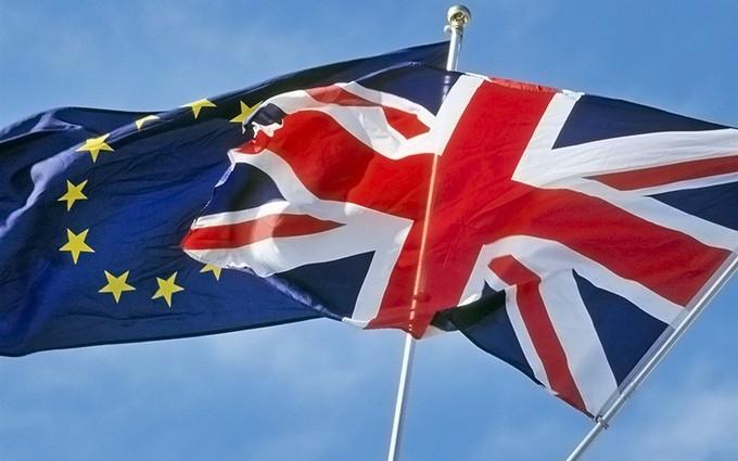 """В ЄС детально роз'яснили, як будуть """"розлучатися"""" з Британією"""