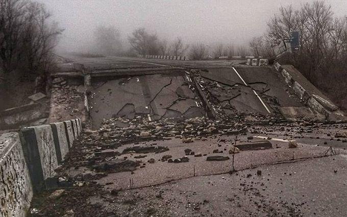 Ситуация на Донбассе: в сети появились свежие фото разрухи в Донецке