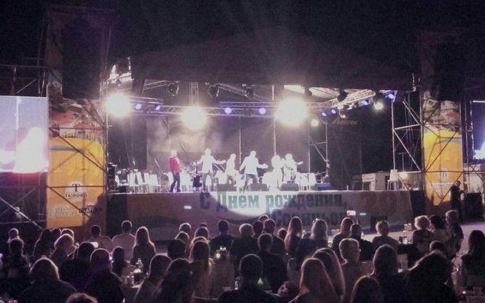 Українські зірки виступили під Одесою, незважаючи на траур
