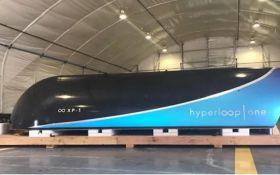 Hyperloop в Украине: Омелян анонсировал строительство тестовой площадки