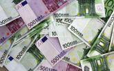 В Німеччині на автобані перекрили рух через бізнесмена, який розсипав на дорозі 9 тисяч євро