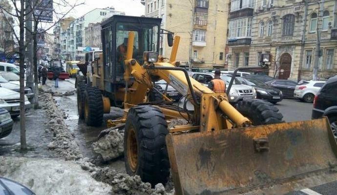Неправильно припаркованные авто эвакуируют - Укравтодор
