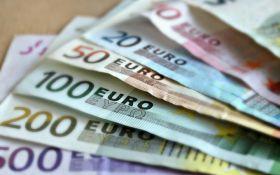 Курс валют на сьогодні 17 березня: долар не змінився, евро не змінився
