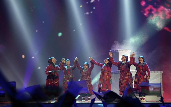 До ватажків ДНР приїдуть співати бабусі з Росії
