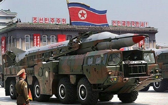Запущена КНДР ракета прилетіла до японців, розгорається скандал