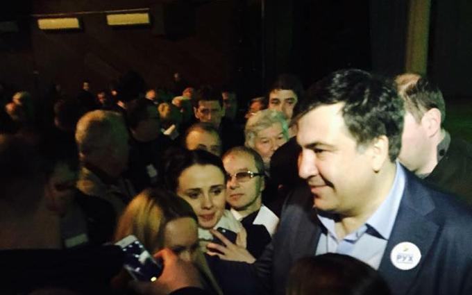 Близкий к Саакашвили депутат рассказал, как тот строит свою партию