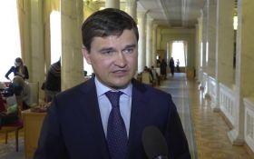В Раде спорят, когда Зеленский сможет распустить парламент
