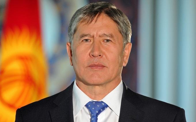 Президент Киргизстану представив кліп на нову пісню: з'явилося відео