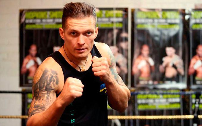 Украинец Усик защитил титул чемпиона мира поверсии WBO, победив жителя Америки Хантера