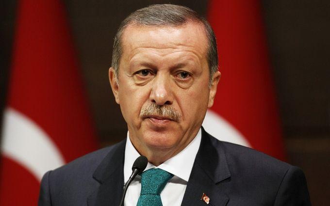 Эрдоган обвинил Нидерланды впричастности крезне вСребренице
