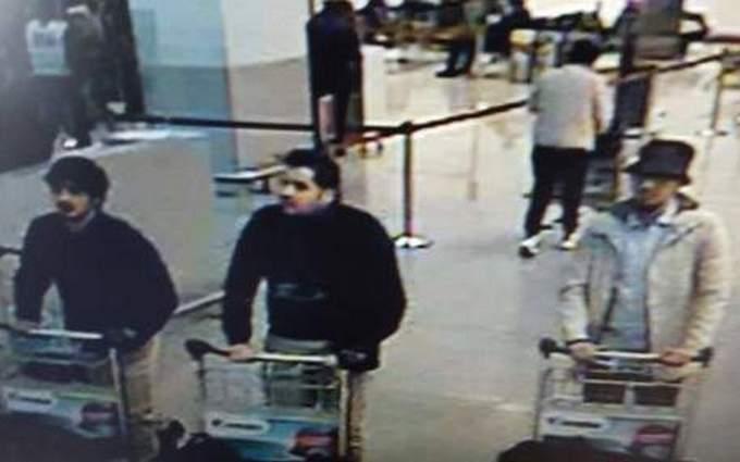 В Брюсселе нашли тело террориста, а СМИ выложили фото подозреваемых